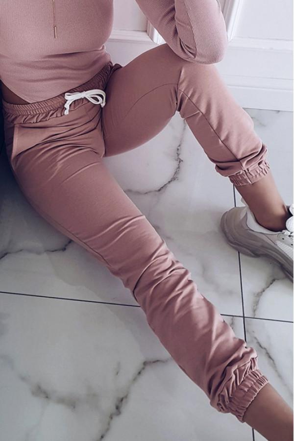 Różowe dresowe spodnie Anny