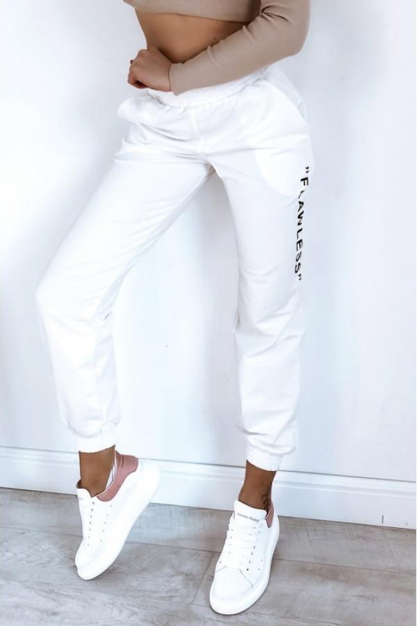 Kremowe spodnie dresowe oversize Flawless