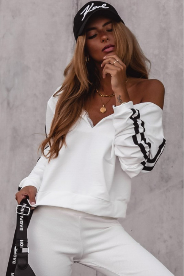 Kremowa bluza z lampasami V-Neck Haydée