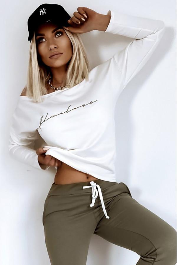 Oliwkowy komplet dresowy z bluzą i spodniami Flawless
