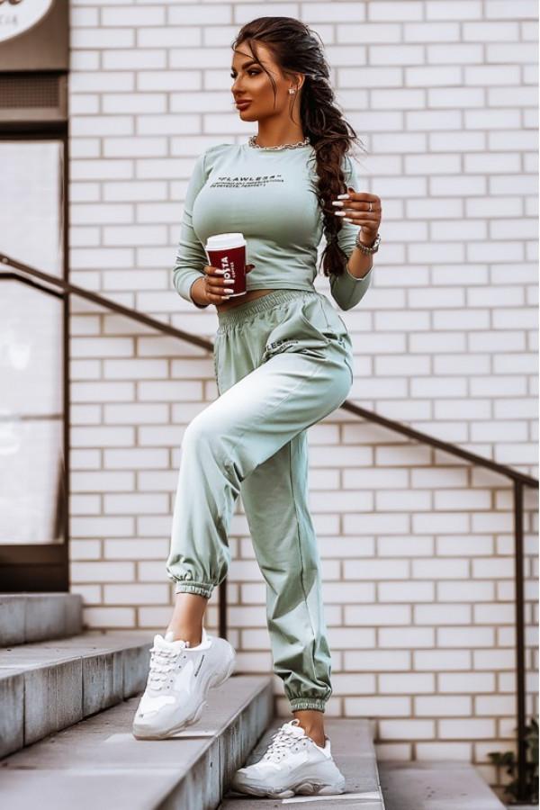 Oliwkowy bawełniany komplet damski z bluzką i spodniami Scarlett