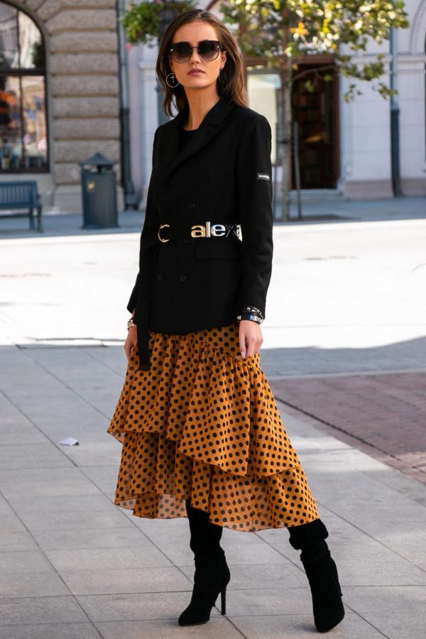 Musztardowa asymetryczna rozkloszowana sukienka z falbankami w groszki midi Carole