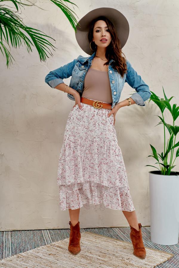 Jasnoróżowa kwiatowa asymetryczna rozkloszowana spódnica z falbankami midi Carole