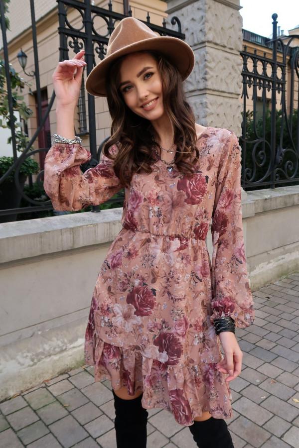 Jasnoróżowa kwiatowa szyfonowa sukienka rozkloszowana z falbankami Louna