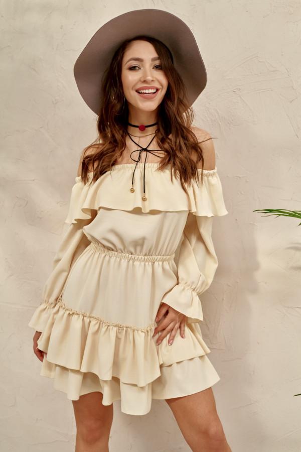 Waniliowa sukienka hiszpanka z falbankami Carmen