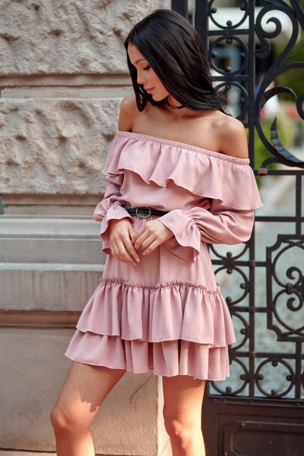 Jasnoróżowa sukienka hiszpanka z falbankami Carmen