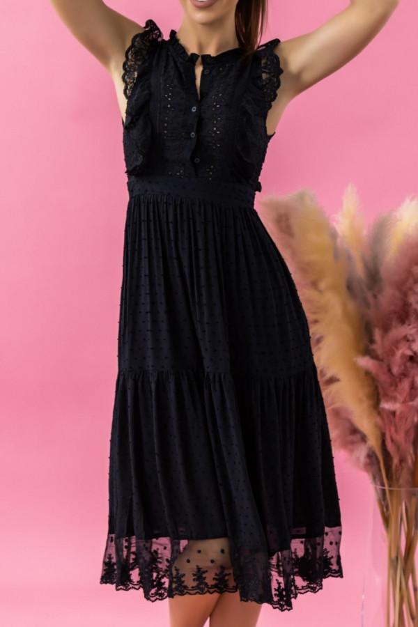 Czarna sukienka ażurowa wykończona koronką midi Eliana