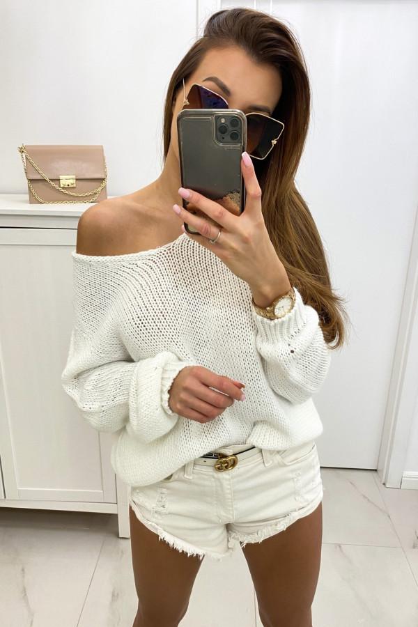 Biały sweter damski oversize Norina