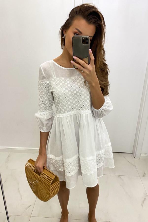 Biała ażurowa sukienka rozkloszowana z falbankami boho Susanna