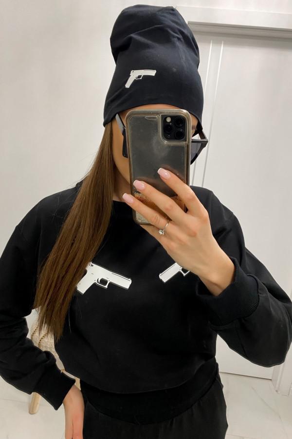 Czarna czapka z nadrukiem Pistolet
