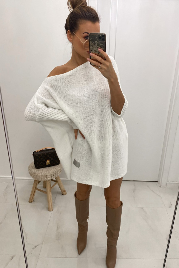 Biały sweter tunika Olivia