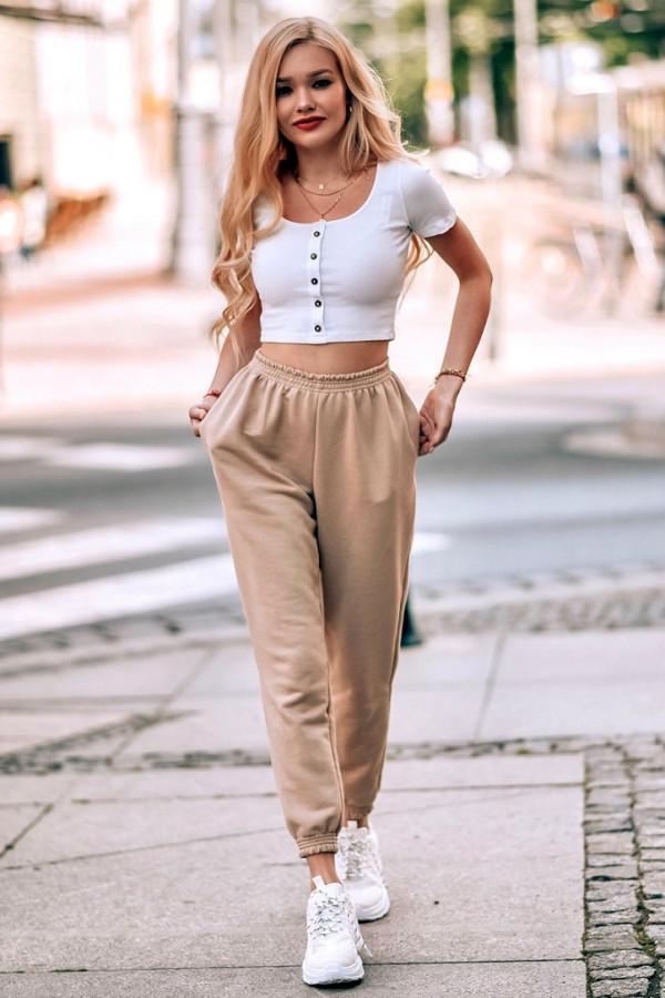 Beżowe spodnie dresowe o kroju oversize Celeste