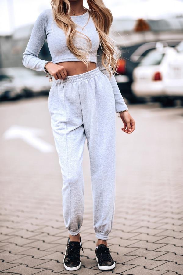 Szare spodnie dresowe oversize Olivia