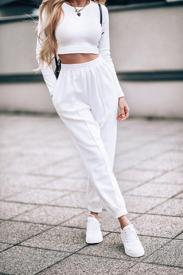 Ecru spodnie dresowe oversize Olivia
