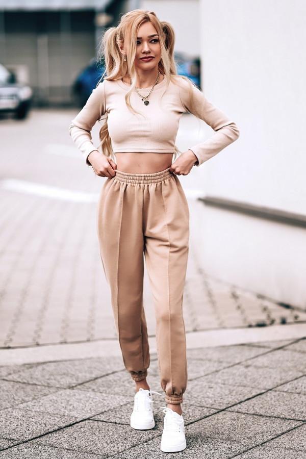 Beżowe spodnie dresowe oversize Olivia