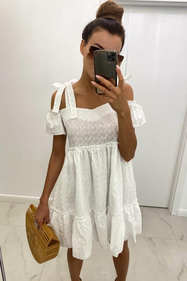 Biała ażurowa sukienka hiszpanka z falbankami Mila