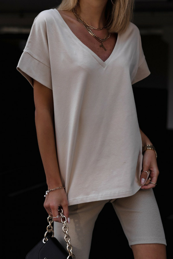 Beżowy t-shirt oversize V-Neck Athena