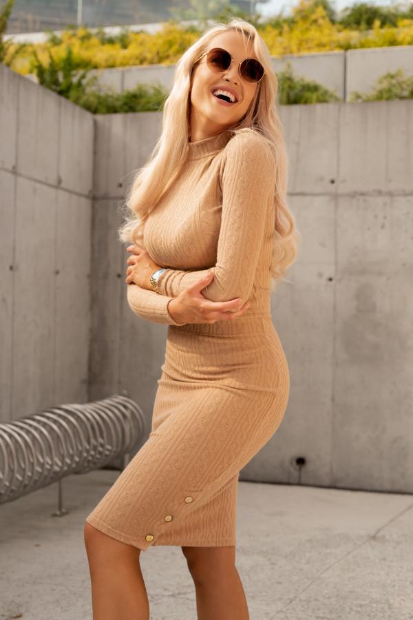 Brązowy sweterkowy komplet spódniczka i bluzka Camilla