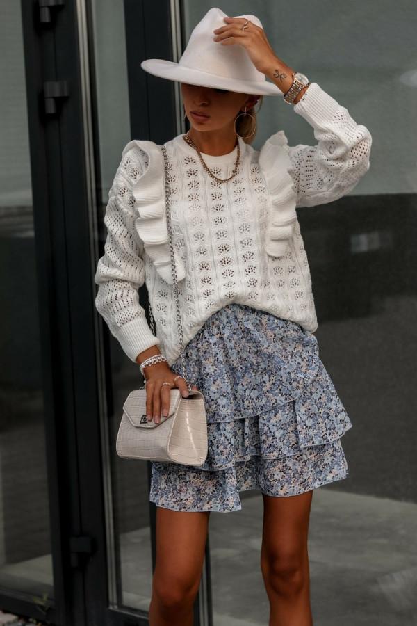 Beżowy ażurowy sweterek z falbankami Aubrey