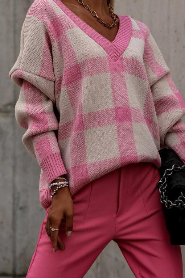 Różowy sweter oversize V-Neck w kratkę Maya