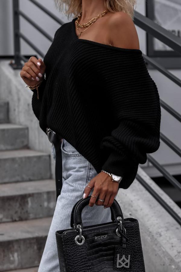 Czarny sweter oversize V-Neck Mia