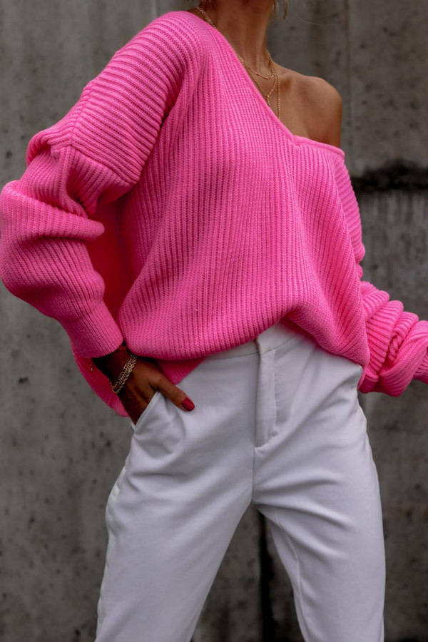Różowy sweter oversize V-Neck Mia