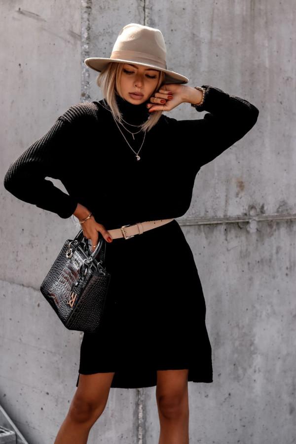 Czarna sukienka sweterkowa z golfem Milano