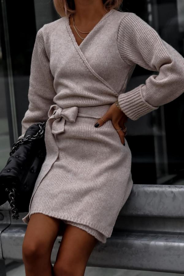 Beżowa przekładana sukienka sweterek V-Neck Mila