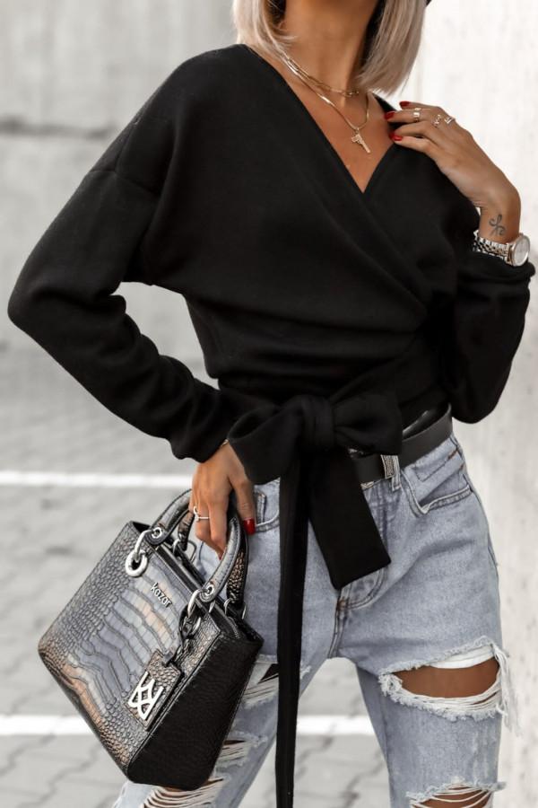 Sweter czarny wiązany V-neck Kity