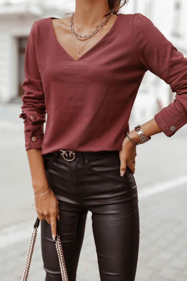 Bordowa bluzka V-Neck z napami Leah