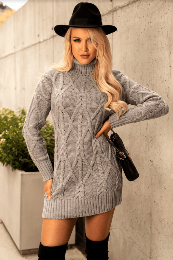 Szara sukienka sweterkowa z golfem Angela